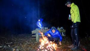 Das Lagerfeuer als wichtiger Bestandteil eines overnighters